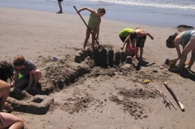 #216 - SANDCASTLES AND FAIRY HOUSES (9)